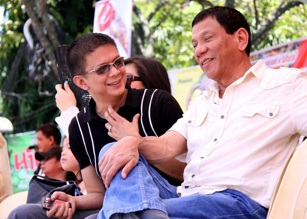chiz-escudero-and-rody-duterte-at-kadayawan-festival