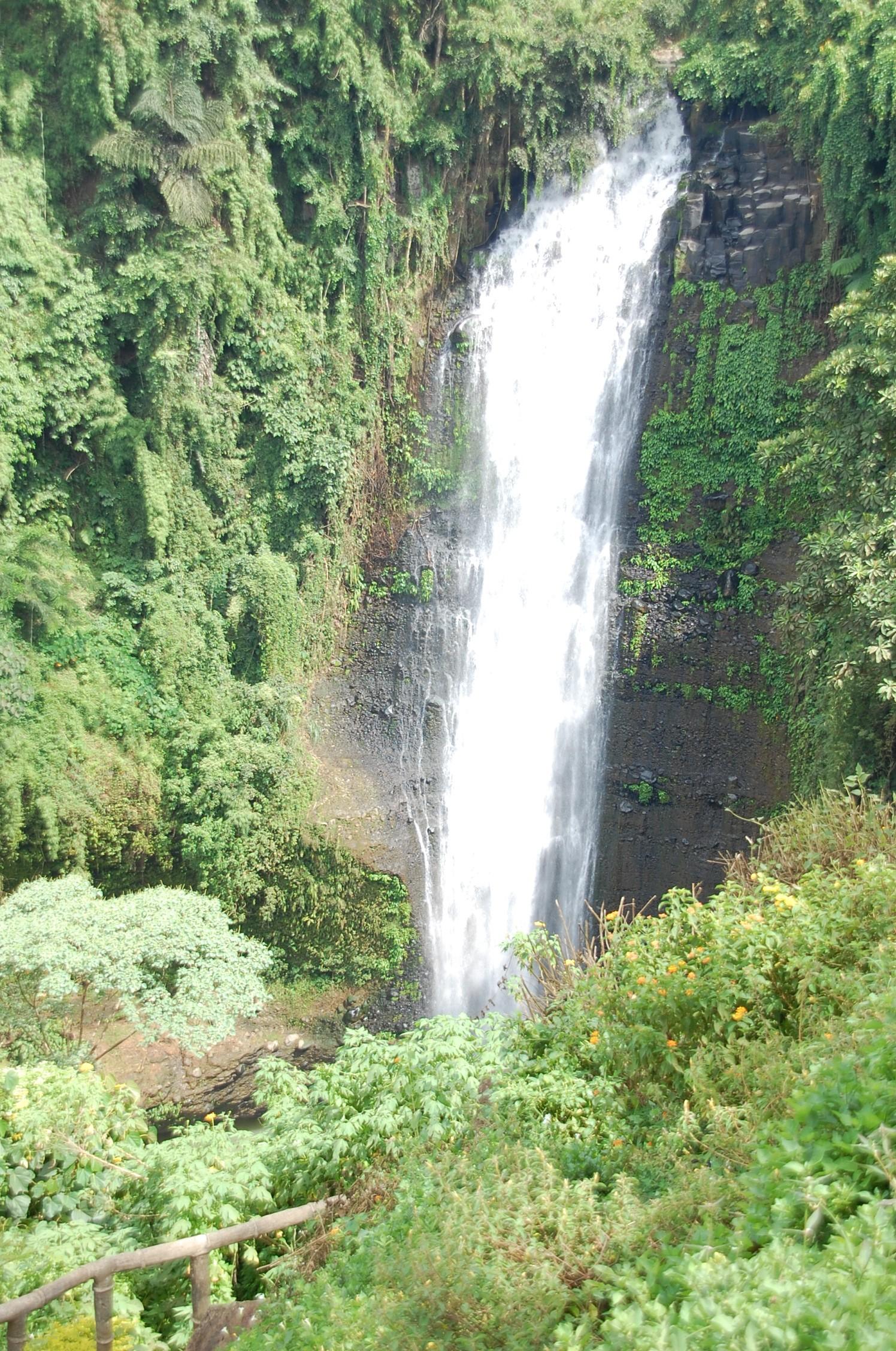 bukidnon tourist spot - alalum waterfalls