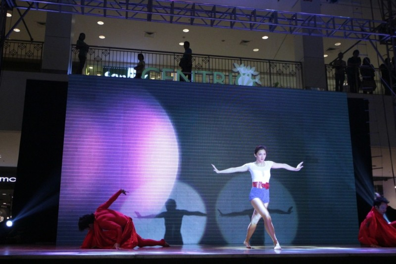 Iya Villania wows the crowd in a spectacular performance