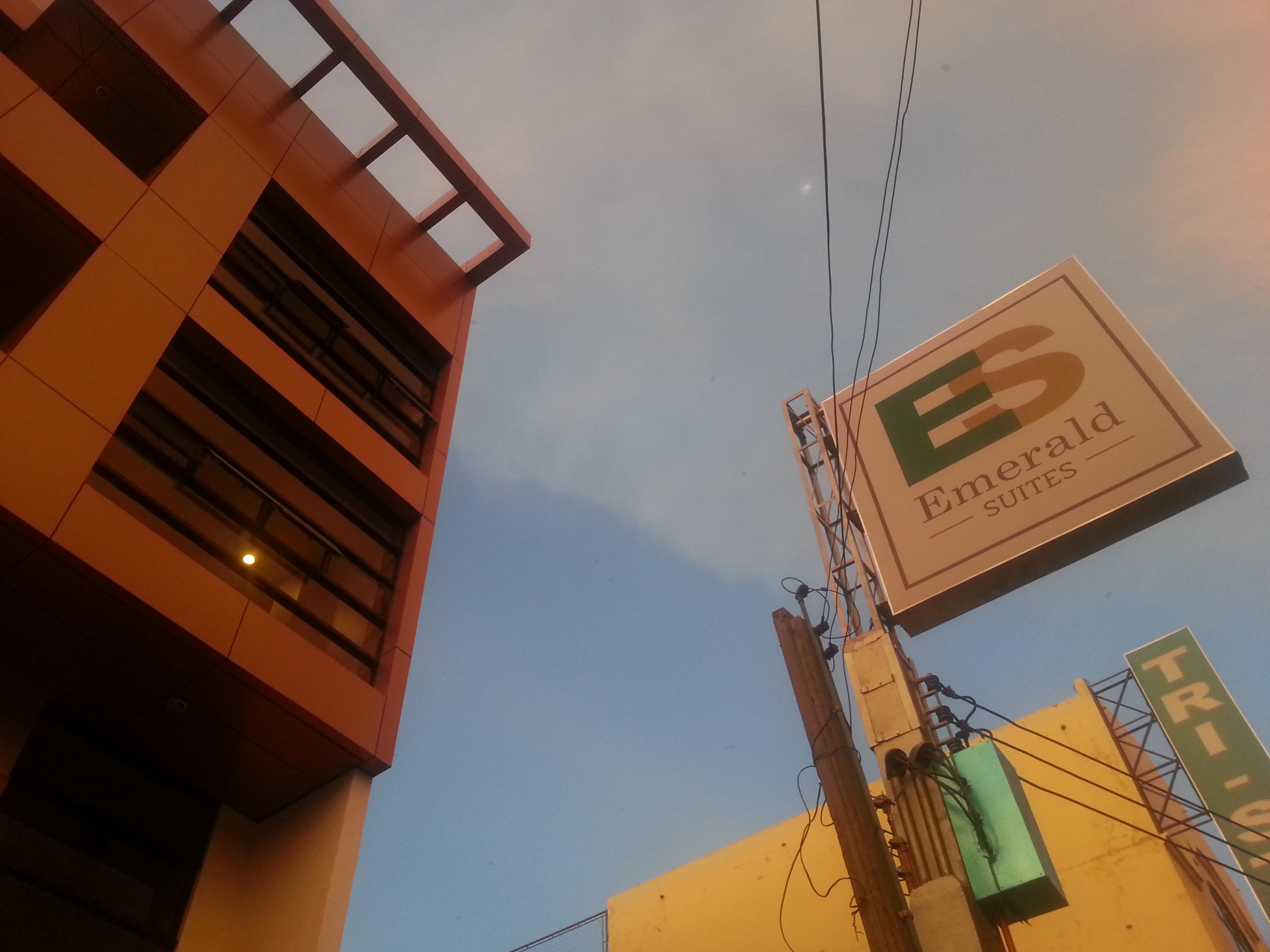 emerald suites cdo budget hotel