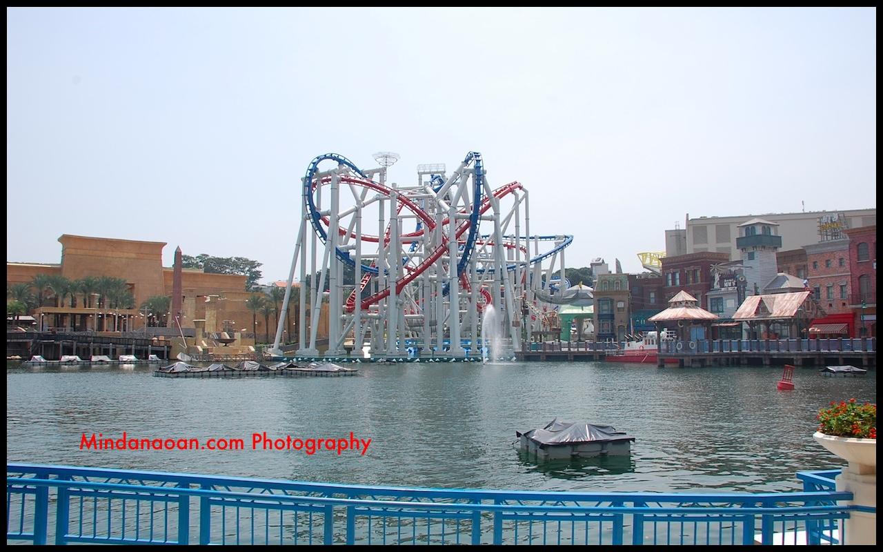 Battlestar Galactica roller coaster ride in Universal Studios Singapore