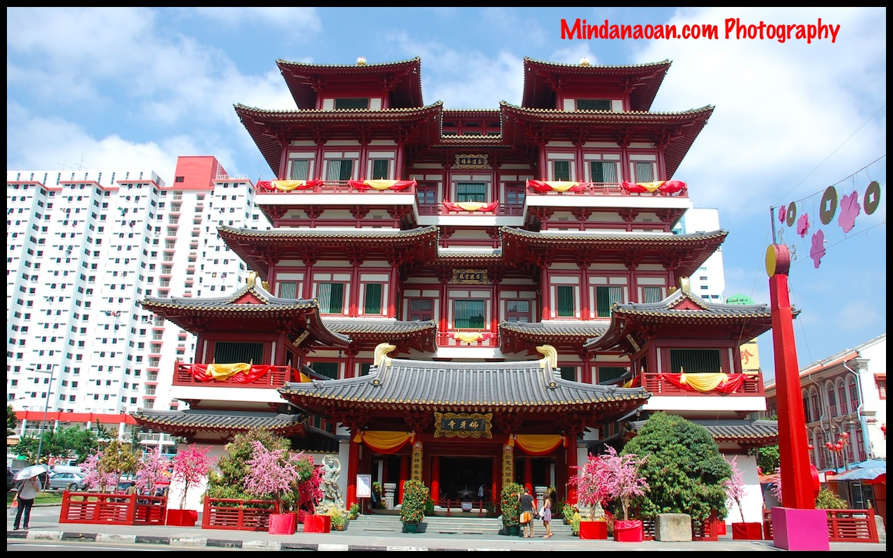 Buddha Tooth Relic Temple and Museum in Singapore