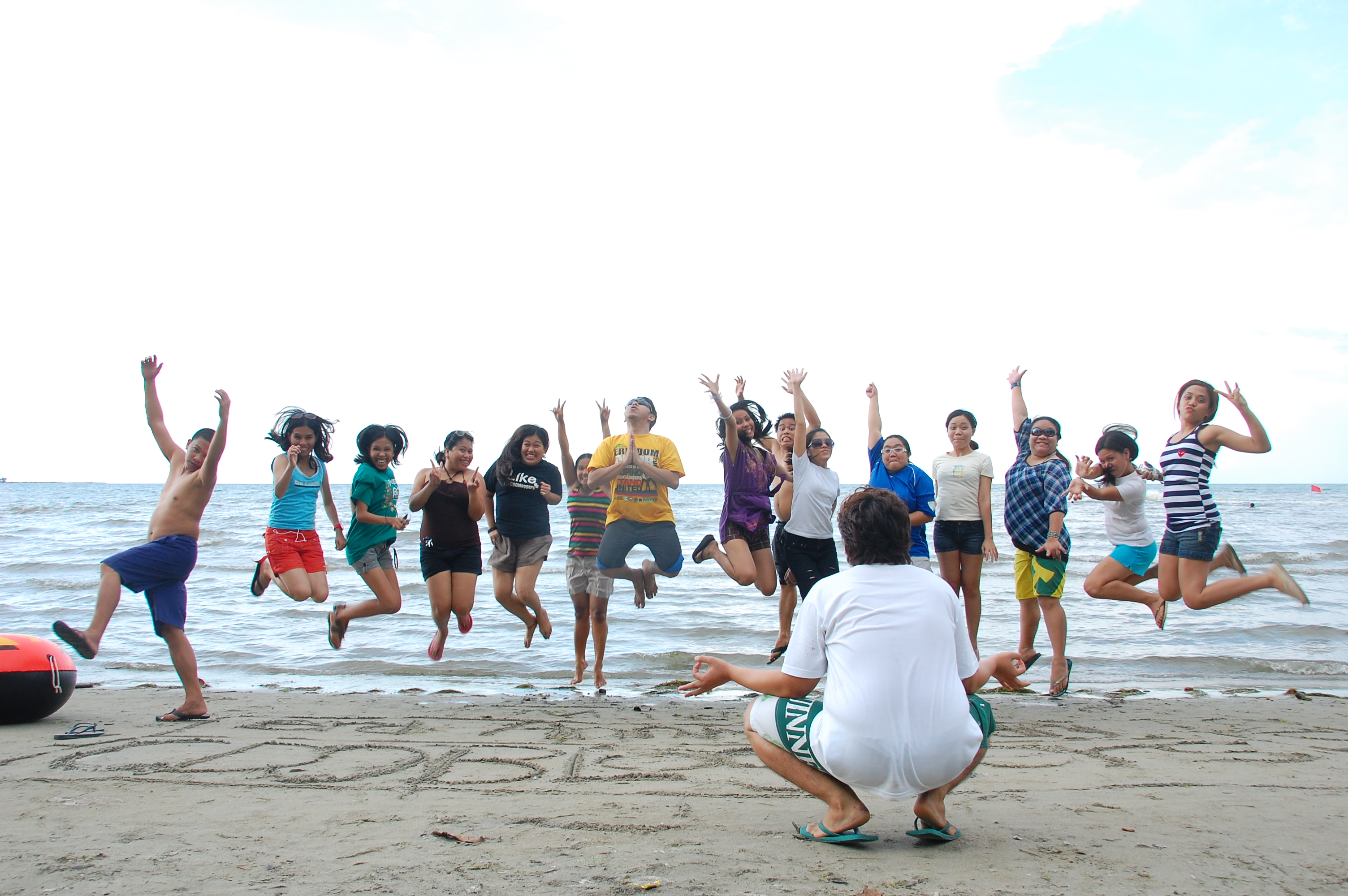 At the beach with the CDO Bloggers – happy 3rd anniversary guys!