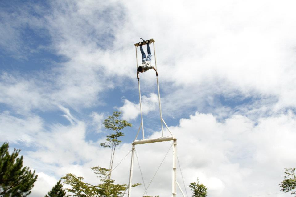 Kicking swing at Saddle Ridge Camp Dahilayan