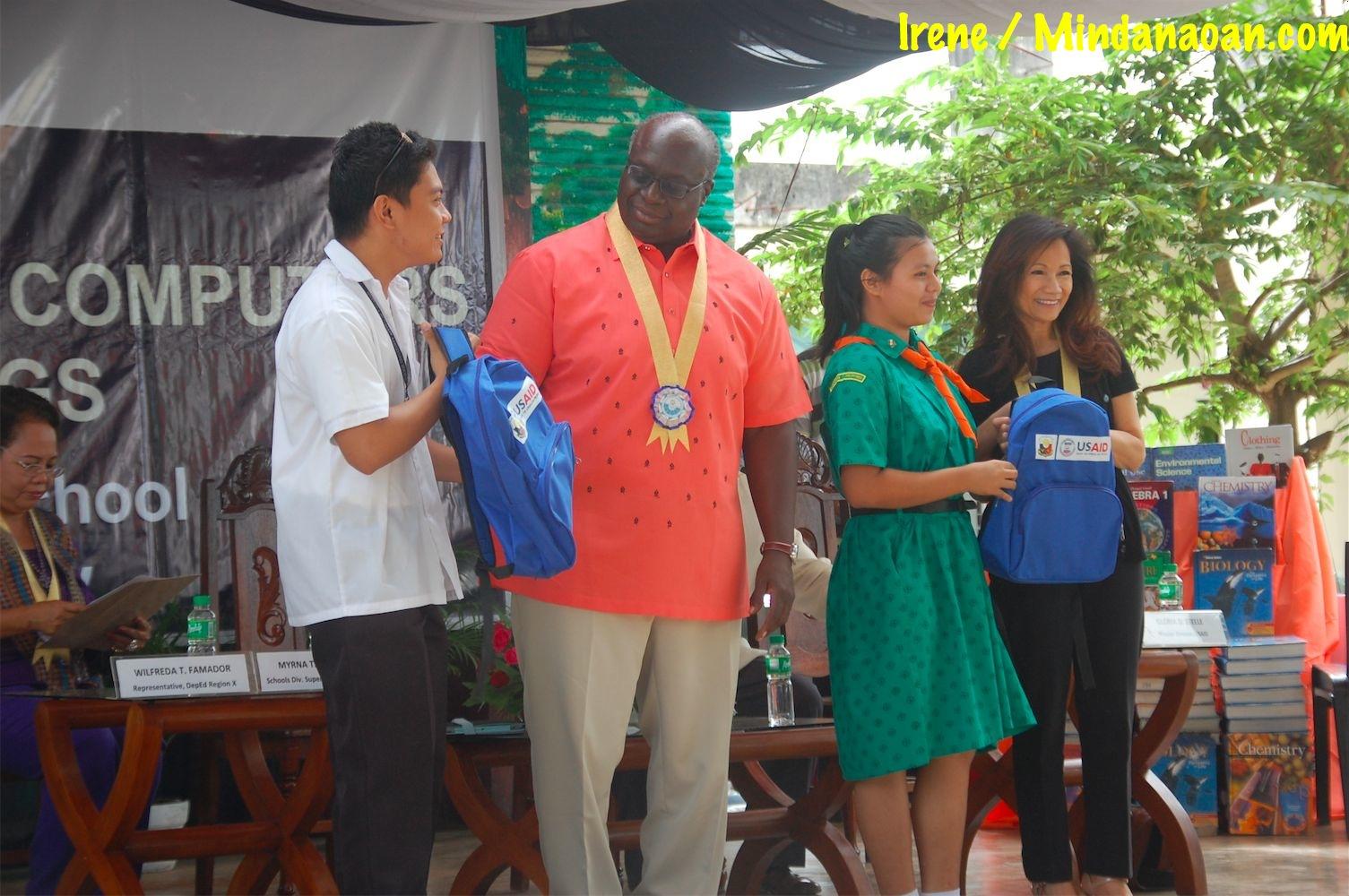 Photos: US Ambassador Harry Thomas leads turnover of donations to Bulua