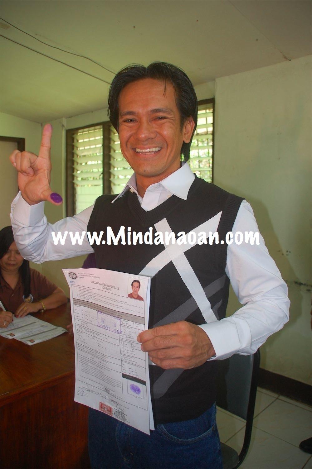 Lynard Allan Bigcas files COC as Bukidnon governor