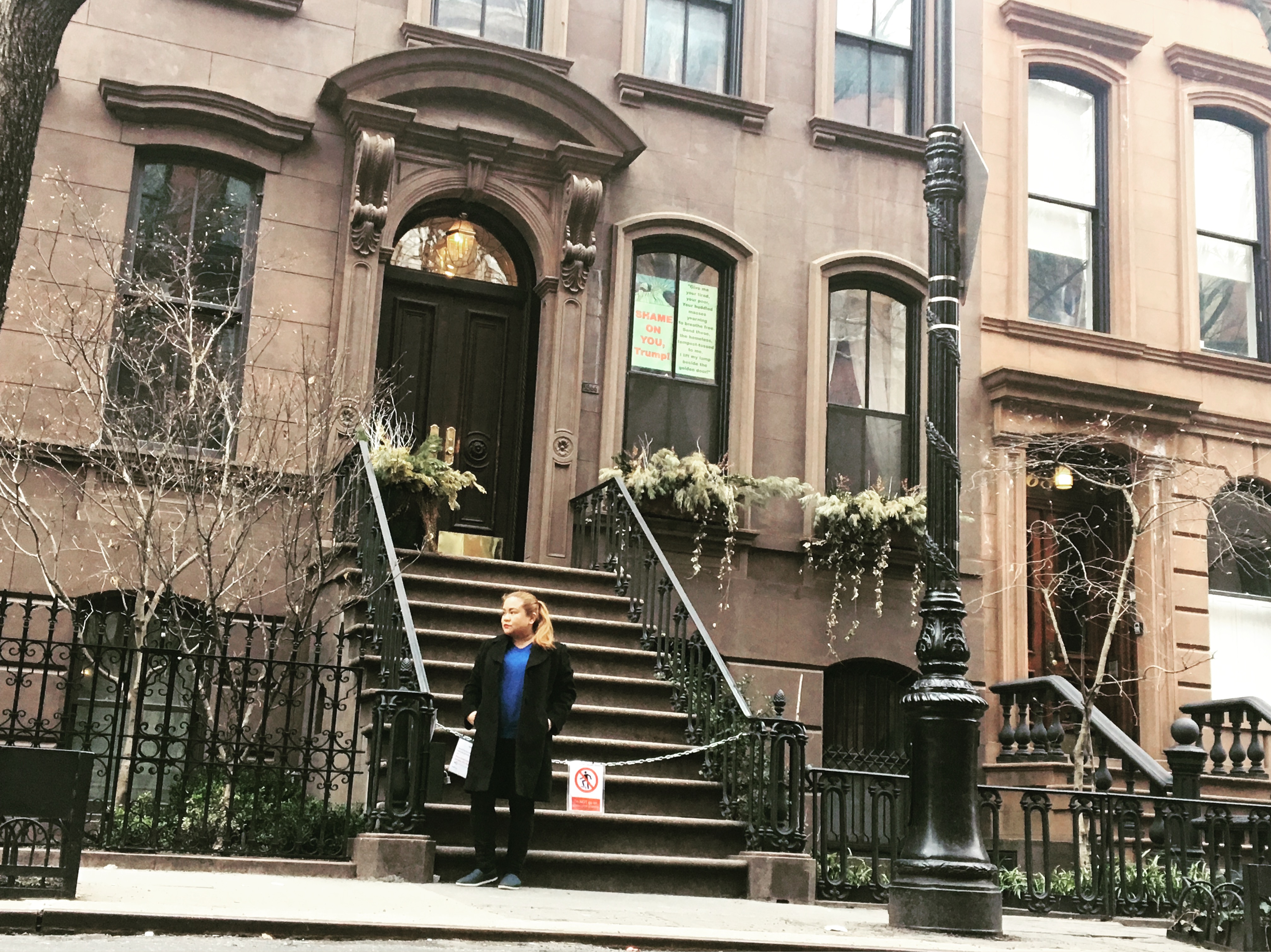 At the Carrie Bradshaw of Sex And The City apartment New York