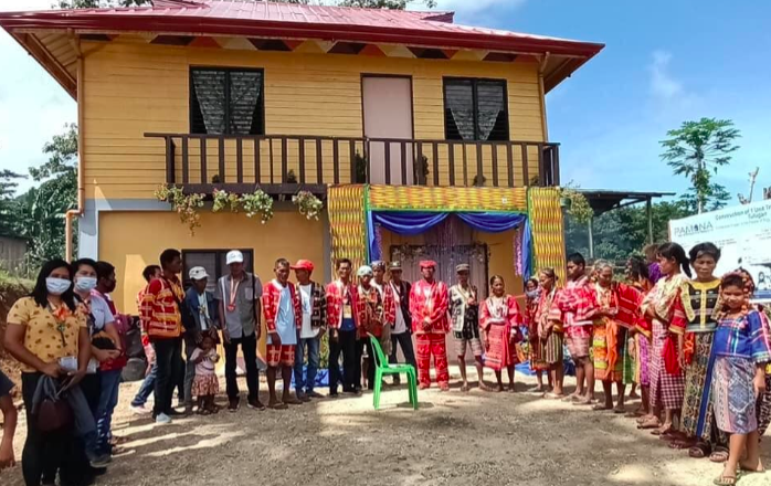 LOOK: Matigsalug – Manobo tribes get new tribal hall in Kitaotao